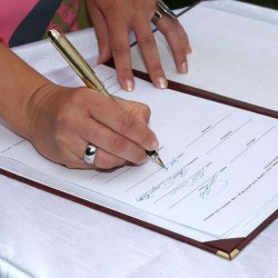 signing-marriage-documents